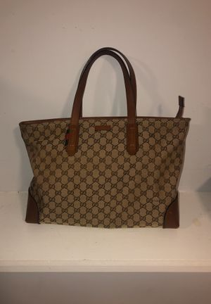 Gucci bag for Sale in West Haven, CT