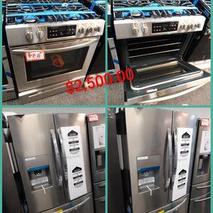New Frigidaire 2pc Kitchen Set: French Door Refrigerator & Slider-in Gas Range Stainless Steel 6 Months Warranty for Sale in Laurel, MD