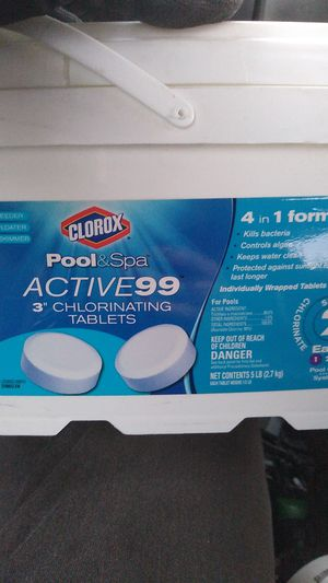 """Clorox 4in1 3"""" pool tablets chlorinating spa for Sale in Phoenix, AZ"""