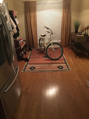 Cruiser bike, like new for Sale in Atlanta, GA