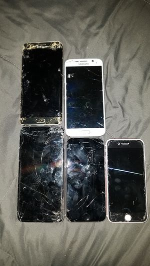 Phone for parts for Sale in Grand Prairie, TX