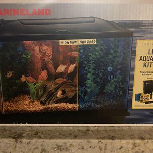 Marine land Fish Tank for Sale in Las Vegas, NV