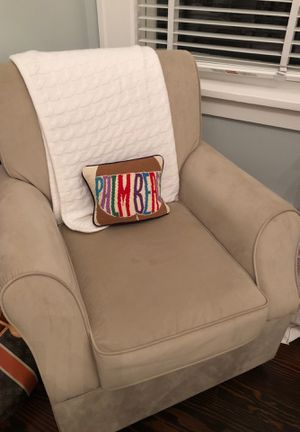 Basically never used Pottery Barn Style swivel rocker with ottoman for Sale in Palm Beach, FL
