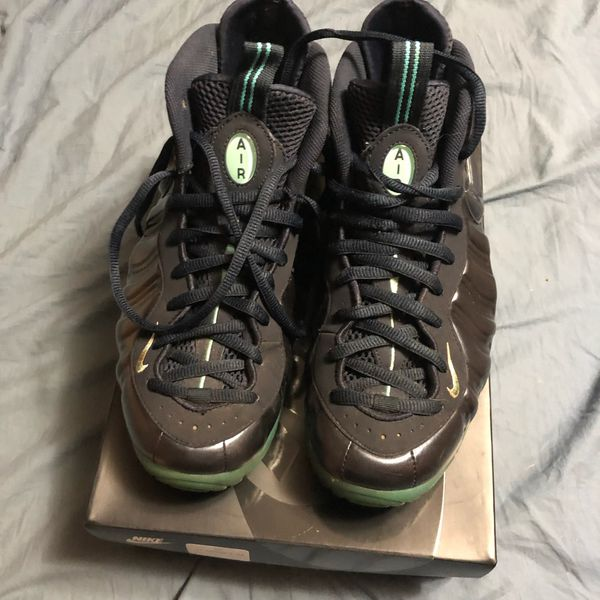Nike Air Foamposite PRO men's size 9.5