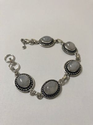 Moonstone cabochon bracelet size 7.5 for Sale in Suisun City, CA
