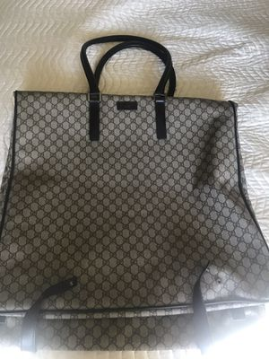 Gucci travel bag for Sale in Burbank, CA