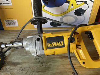 Dw140 Dewalt 1/2 Inch 7.0 Amp Reversing End Handle Drill Mint Condition for Sale in Plant City,  FL