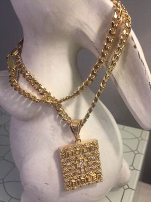 18k GPL Holy Bible Pendant With Chain Necklace for Sale in Nashville, TN