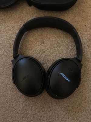Bose QC 35 Noise Cancelling Headphones for Sale in Irvine, CA