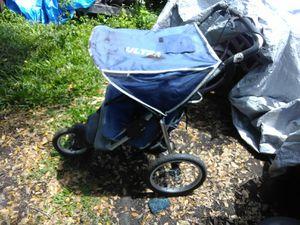 Double jogging stroller for Sale in Frostproof, FL