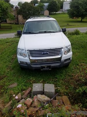 Ford explorer XLT for Sale in LaFollette, TN