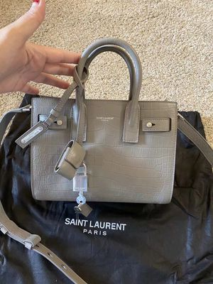 Small crossbody bag /top handle bag for Sale in San Francisco, CA