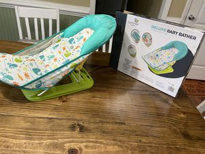 Baby bath seat for Sale in New Bern, NC