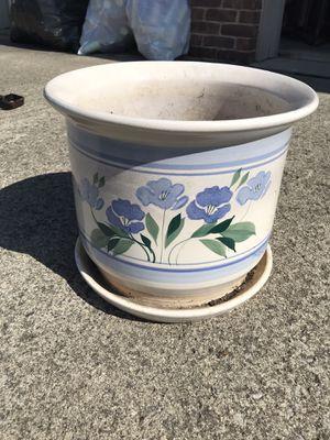 Ceramic Flower Pot for Sale in Pickerington, OH