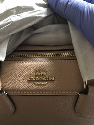 Coach bag. Original. Brand new. Tan for Sale in Las Vegas, NV