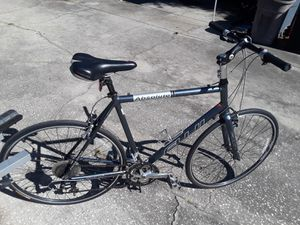 "Fuji Absolute XL road bike with 700 tires, like new 23"" frame with stem extender, Specialized saddle. for Sale in Wesley Chapel, FL"
