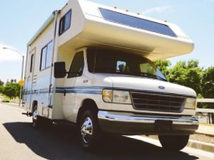 Very Strong 1994 Fleetwood Jamboree 4WD-Wheelsss for Sale in Baltimore, MD