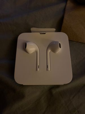 Apple headphones for Sale in Brookfield, IL