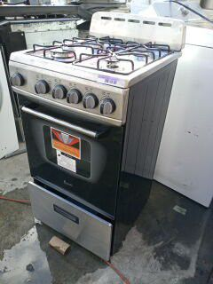 Stove stainless steel for Sale in Lakewood, CA