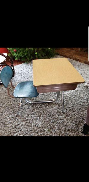 kids desk for Sale in San Diego, CA