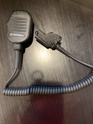 MOTOROLA TWO WAY RADIO for Sale in Franklin Square, NY