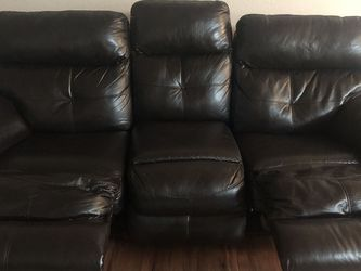 Black Leather Reclining Sofa for Sale in Hillsboro,  OR