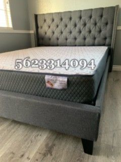 Queen Gray tufted bed w Mattress Included for Sale in San Jose, CA