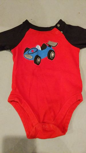 Boys size 3 to 6 months onesie for Sale in Hazelwood, MO