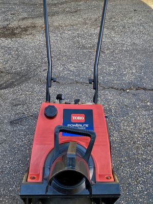 Toro powerlite start at first pull or electric start very good condition for Sale in Westmont, IL