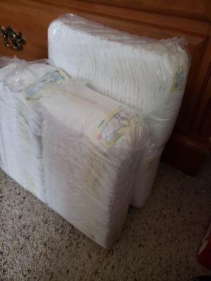 Pampers size2 trade for huggies size 2 or 3 for Sale in Menifee, CA