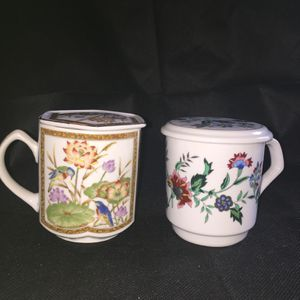 2 Vintage Coffe Mugs With Lids for Sale in Plant City, FL
