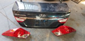 2013 - 2016 Hyundai Sonata trunk for Sale in Las Vegas, NV