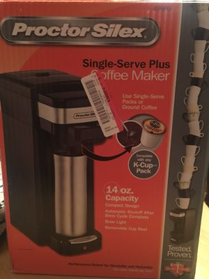 Single serve coffee maker with 4 boxes of k-cups for Sale in Columbus, OH