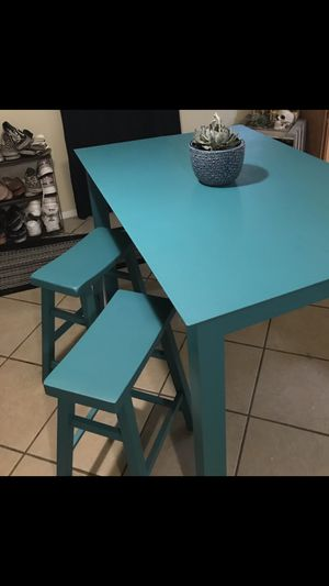 Chic Turquoise Dinner Table for Sale in Phoenix, AZ