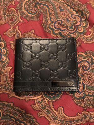 Gucci wallet for Sale in Ocoee, FL