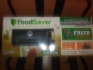 FoodSaver GameSaver Big Game Plus Vacuum Sealer, Black for Sale in Frederick, MD