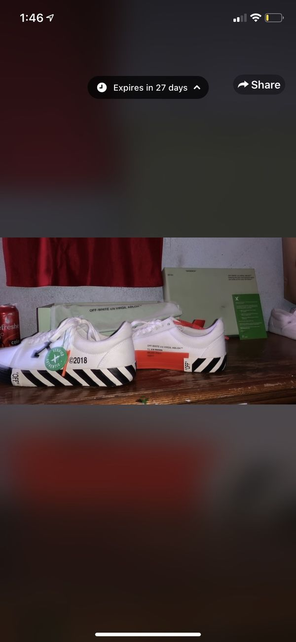 Off white shoes perfect condition