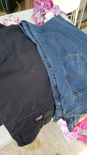 Mens pants free for Sale in Ceres, CA