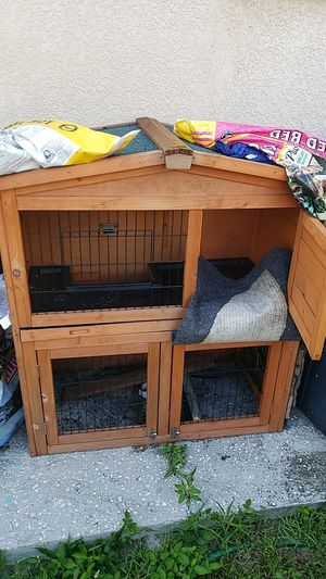 Critter cage for Sale in Tampa, FL
