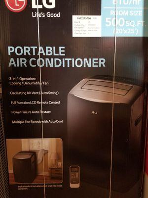PORTABLE AIR CONDITIONER 14000 BTU for Sale in Boca Raton, FL