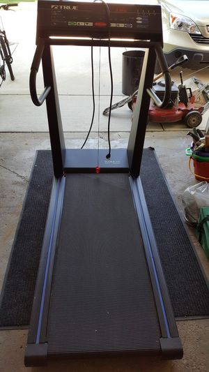TRUE 500 Treadmill for Sale in Mount Prospect, IL