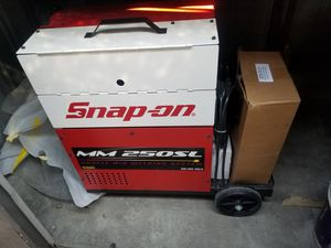 New Snap on welder MM250SL for Sale in Spring Valley, CA