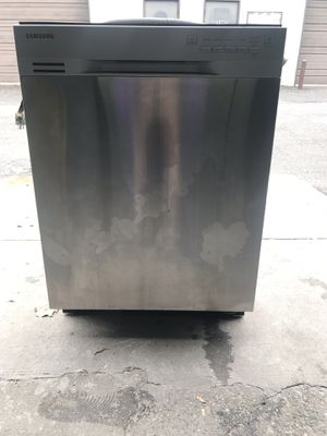 SAMSUNG NEW OPEN BOX NEW STAINLESS STEEL DISHWASHER for Sale in Lancaster, PA