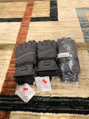 3M Camyod waterproof ski gloves for Sale in Fresno, CA