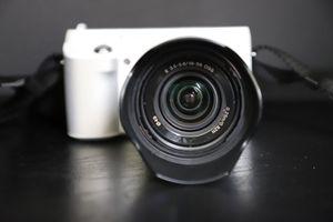 Sony NEX F3 for Sale in Palm Bay, FL