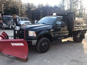 2005 Ford F-350 Super Duty, 4x4 Diesel 6.0, DWD with 9' Dump Body, with 9.2 V-Boss Snow Plow and 1.5 Tarco Stainless Steel Salt Spreader, 136K Miles, for Sale in Wilton, CT