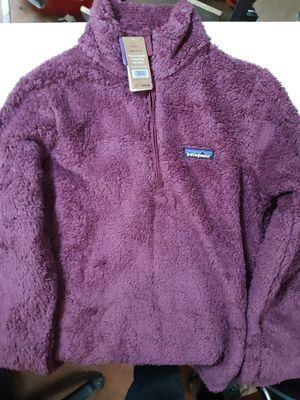 Patagonia ladies sweater jacket for Sale in Long Beach, CA