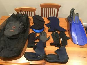 Scuba mesh bag with misc Wetsuit accessories for Sale in Fullerton, CA