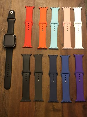 Apple Watch Series 4 44mm (not cellular) for Sale in San Diego, CA