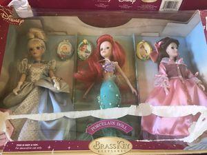 Disney Porcelain Dolls for Sale in Fresno, CA